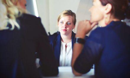Svetovanja v karierni tranziciji (outplacement) – vedno bolj pridobivajo na pomenu